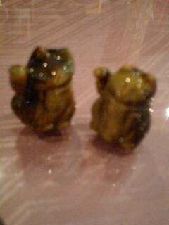虎目石の招き猫