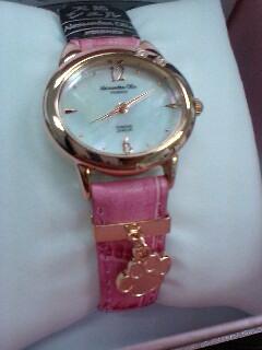 アレッサンドラ オーラ 猫腕時計